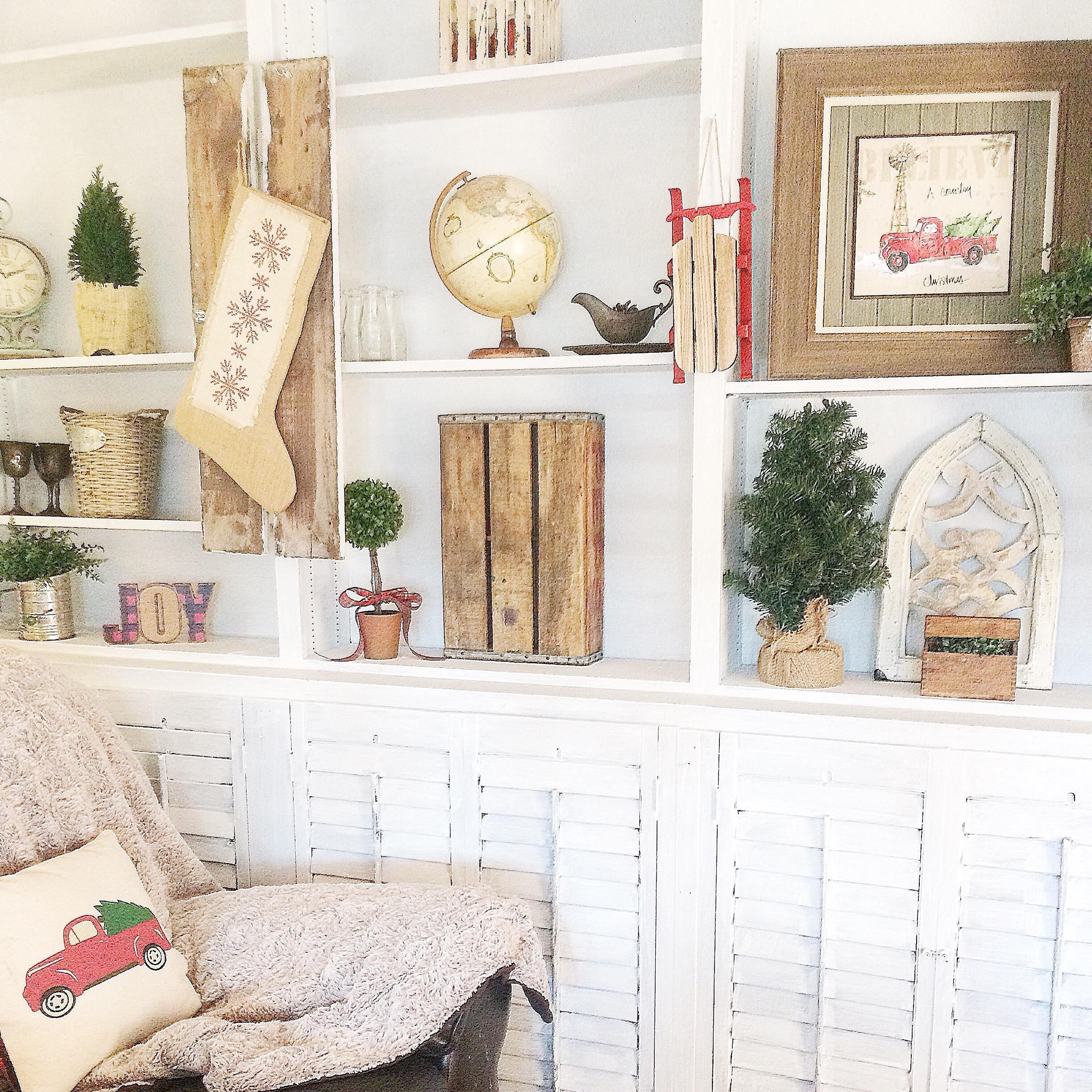 Christmas Decor Next : Rustic christmas decor